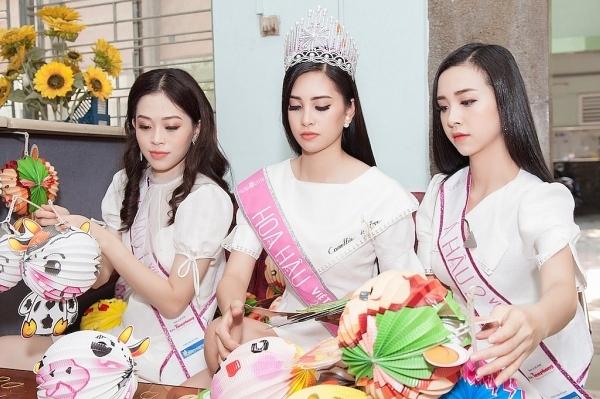hanh trinh nhan ai dau tien cua top 3 hoa hau viet nam 2018