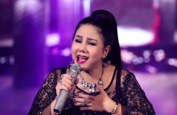 Ca sĩ Ngọc Ánh tiết lộ từng đeo cả xâu vàng trên người khi đi hát