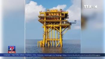 Đón dòng dầu đầu tiên từ mỏ Cá Tầm