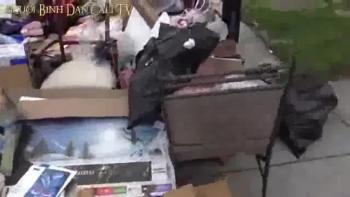 Nhặt rác ở Mỹ